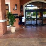 The entry way to the Residence Inn.