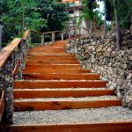 steps to the cottages
