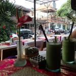 green health smoothies viewing the street
