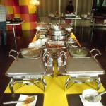 Chafing dishes with a wide range of breakfast delights