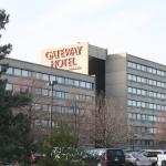Gateway Center Hotel resmi