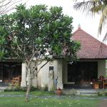 Photo de Puri Rinjani Bungalows