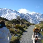 Walk to Tasman Glacier