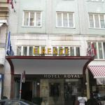 Photo de Hotel Royal
