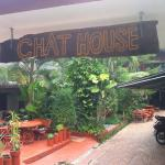 Chat Guest house resmi
