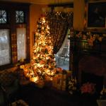 Main parlor beautifully decorated for Christmas
