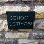 School Cottages Bed & Breakfast resmi