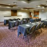 Kensington Meeting Room comfortably holds up to 30 for your next meeting.