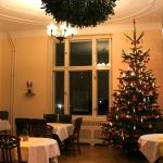 The Christmassy dining room