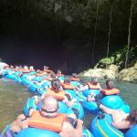 Photo de Butts Up Cave Tubing