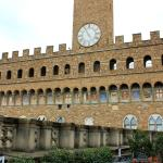 view of Palazzo Vecchio from cafe terrace