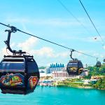 Fly on our thematic SUPERMAN, BATMAN, WONDER WOMAN or GREEN LANTERN Cable Car cabins and join th