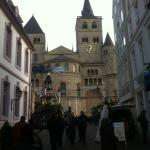 Heading to the Cathedral and Liebfrauenkirche