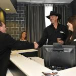 Photo de Country Inn & Suites By Carlson Nashville Airport