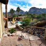 The Acacia pool is reserved for adult casita guests.