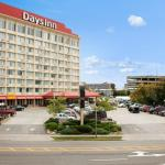 Days Inn Exterior View