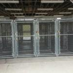 28 dog kennels free to use it, locks included