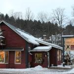 Stowe Craft Gallery / Stowe Craft Gallery Design Center