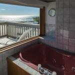 Penthouse suite bathroom