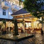Photo de The Phoenix Hotel Yogyakarta - MGallery Collection