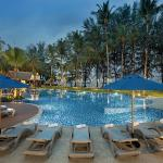 Royal Bangsak Beach Resort