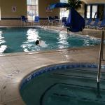 Holiday Inn Express Woodhaven resmi