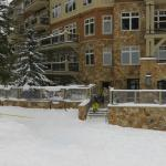 Lone Eagle Condos at River Run Village resmi