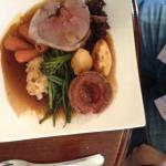 Roasted leg of cotswold reared lamb