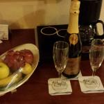 Champagne and fruit on arrival