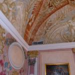 Wall paintings in the suite