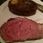 Wonderful prime rib tonight and the service was top notch. The new waitstaff is doing a great jo