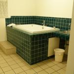 Jetted tub with plenty of room and