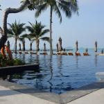 Photo de InterContinental Samui Baan Taling Ngam Resort