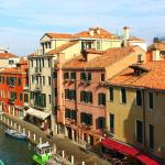 Photo de Hotel Papadopoli Venice - MGallery Collection