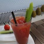 Yummiest Bloody Mary ever!! (Thanks Zor!!!)