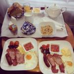 Gorgeous breakfast in bed ��