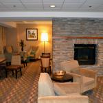 Frontroom-Hampton Inn Lakewood