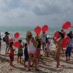XMas Celebration on the beach - Kids' Club sending balloons with letters to Santa
