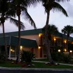 Photo de Super 8 North Palm Beach
