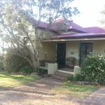 The Cottage I stayed in. Even has a great verandah. Beautiful!