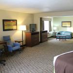 Photo de AmericInn Hotel & Suites Sheboygan