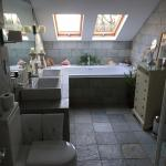 Gertie's en-suite bathroom