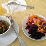 My full breakfast picture.. I liked the salad best..