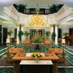 The Oberoi Grand Foto