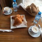 Bread free with omelette, free water, cafe au lait (18dhs to make up the free water!) and the so