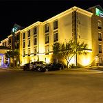 Foto de Holiday Inn Express Hotel & Suites  I-10 East