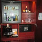 Mini bar, coffee