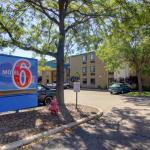 Motel 6 - Madison North