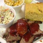 Sliced Brisket with Co'Slaw, Cornbread and Mac&Cheese
