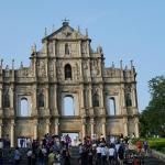 Photo de Ruins of St. Paul's Cathedral